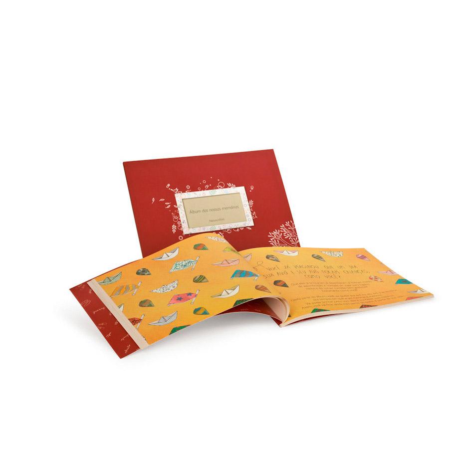 Álbum das Nossas Memórias e Creme de Massagem para Mãos e Braços VôVó - 32549